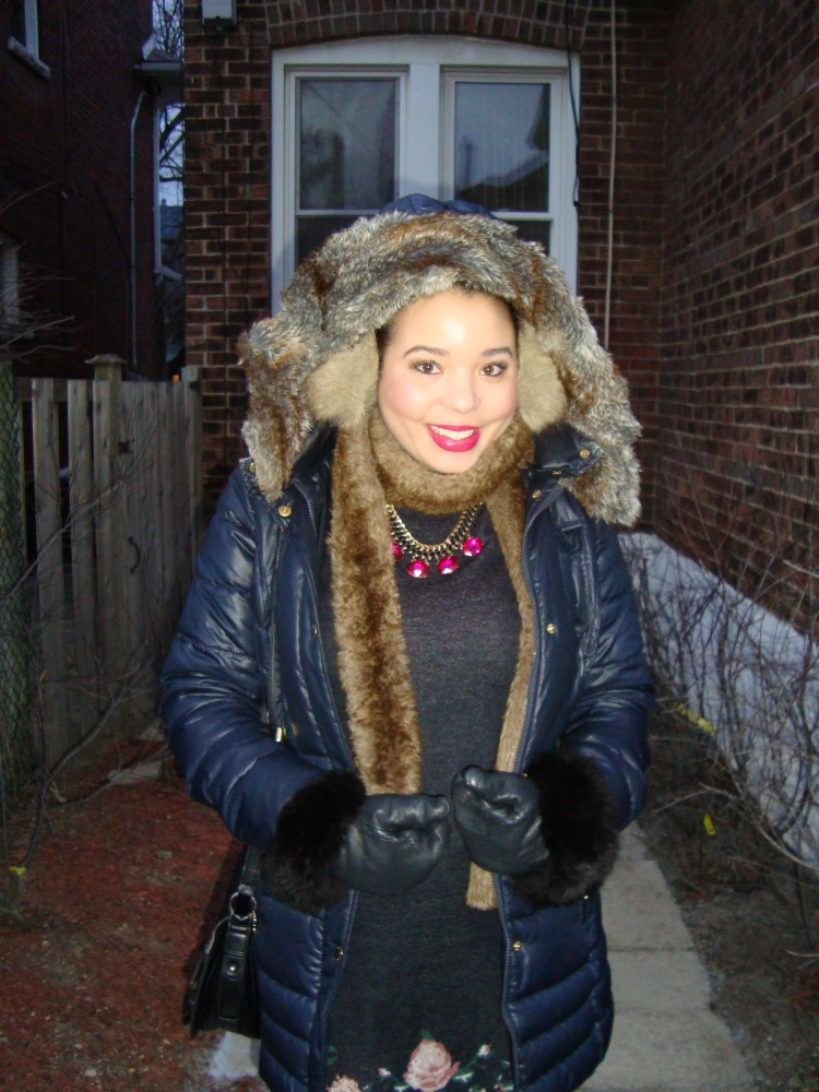 Style-with-Amanda-The-Bay-Parka-Faux-Fur-Vest-Bloomingdales-Necklace-Club-Monaco-Sweaterdress-Hunter-Boots-2