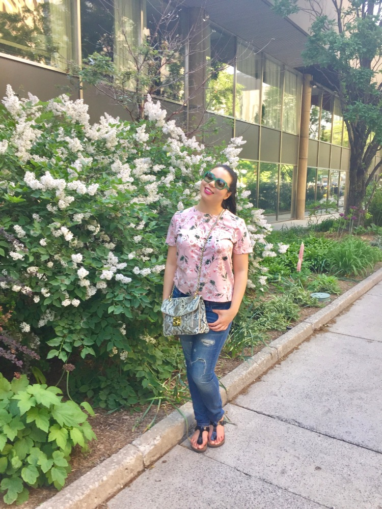 Style-with-Amanda-Joe-Fresh-Floral-T-Shirt-Distressed-Jeans-Armani-Sunglasses-Snakeprint-Purse