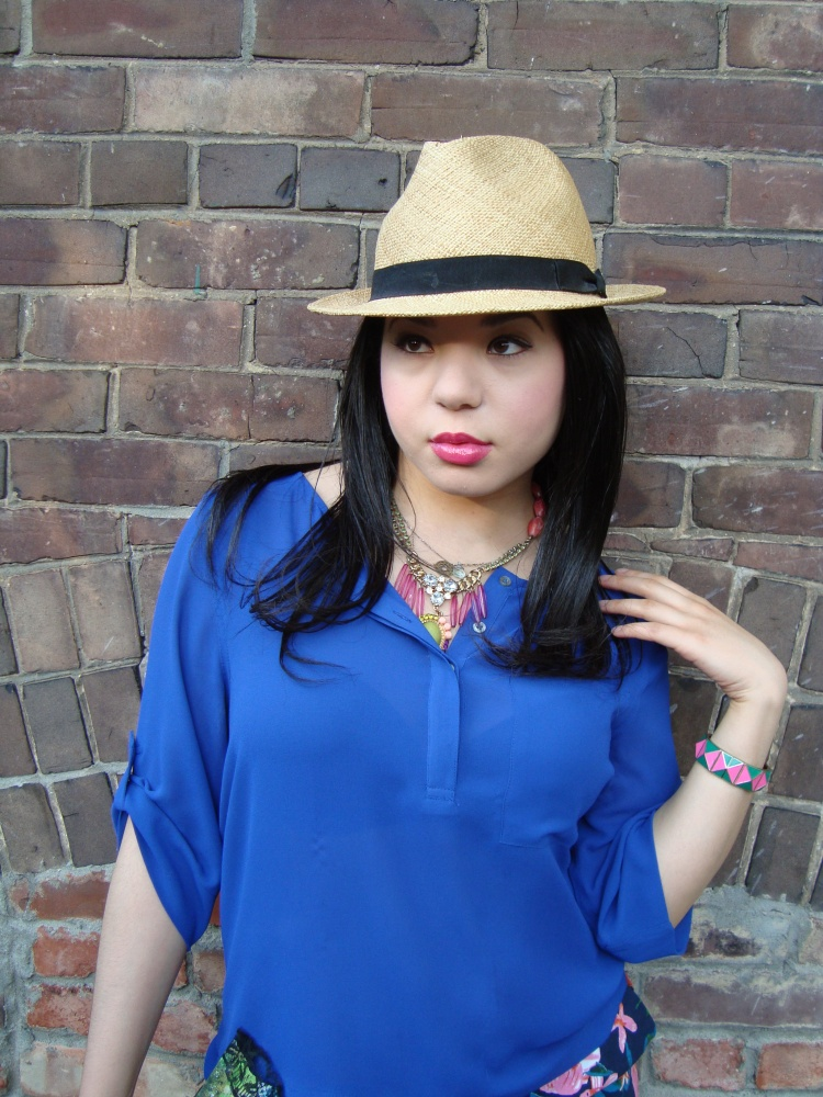 Style-with-Amanda-Joe-Fresh-Cobalt-Blouse-Floral-Shorts-Straw-Fedora-15