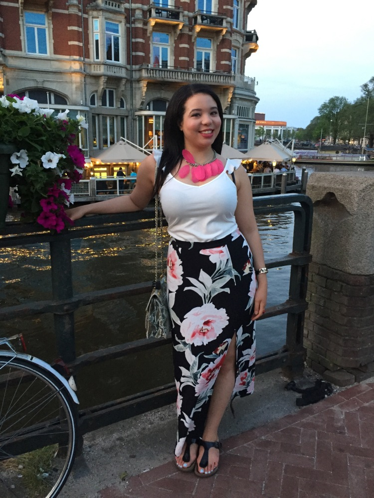 Style-with-Amanda-Dynamite-White-Ruffle-Shirt-Floral-Maxi-Skirt-With-Slit-Amsterdam-Vacation-8