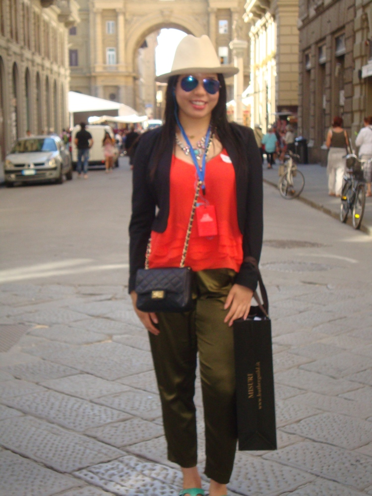 Style-with-Amanda-Italy-Vacation-Florence-Club-Monaco-Orange-Blouse-HM-Blazer-HM-Silk-Green-Pants-Straw-Fedora-11