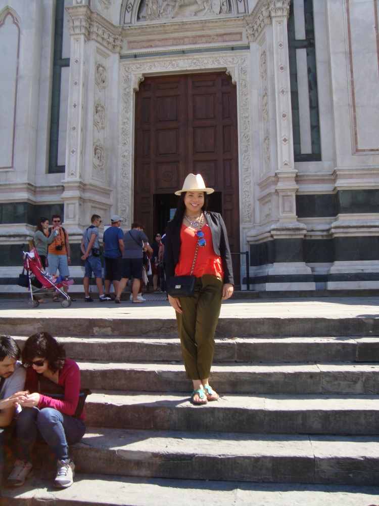 Style-with-Amanda-Italy-Vacation-Florence-Club-Monaco-Orange-Blouse-HM-Blazer-HM-Silk-Green-Pants-Straw-Fedora-3