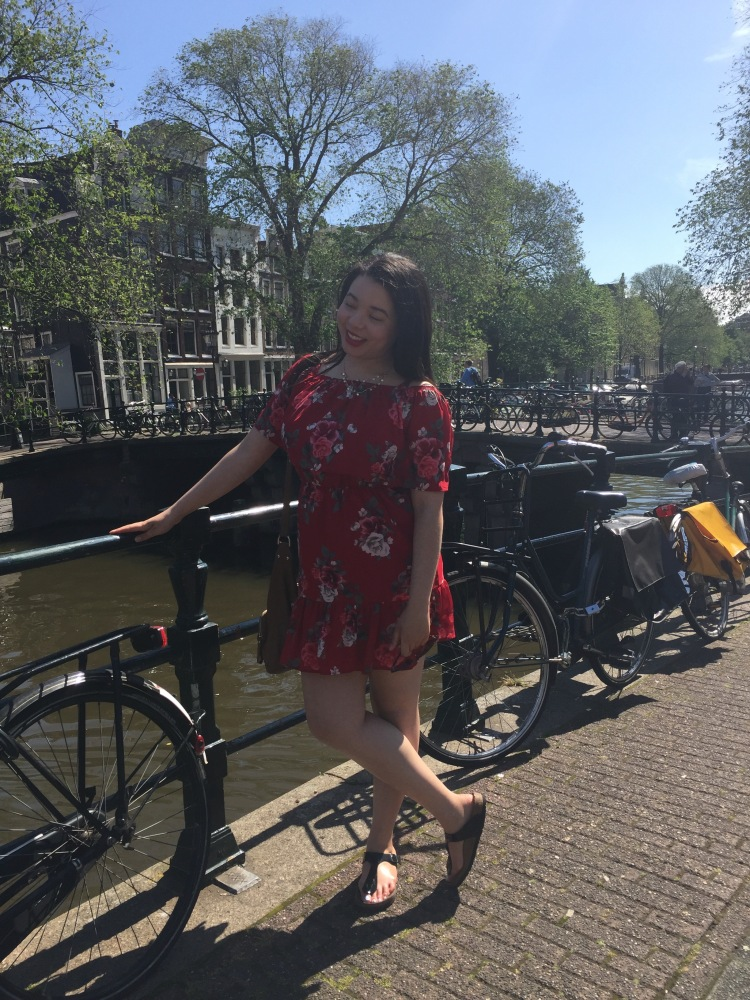 Style-with-Amanda-Red-Floral-Off-the-Shoulder-Dress-Dynamite-Black-Birkenstocks-Amsterdam-Vacation-21