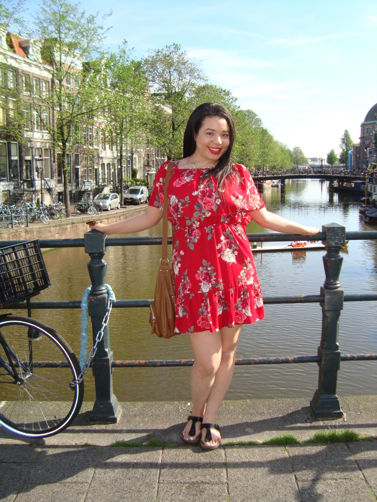 Style-with-Amanda-Red-Floral-Off-the-Shoulder-Dress-Dynamite-Black-Birkenstocks-Amsterdam-Vacation-34
