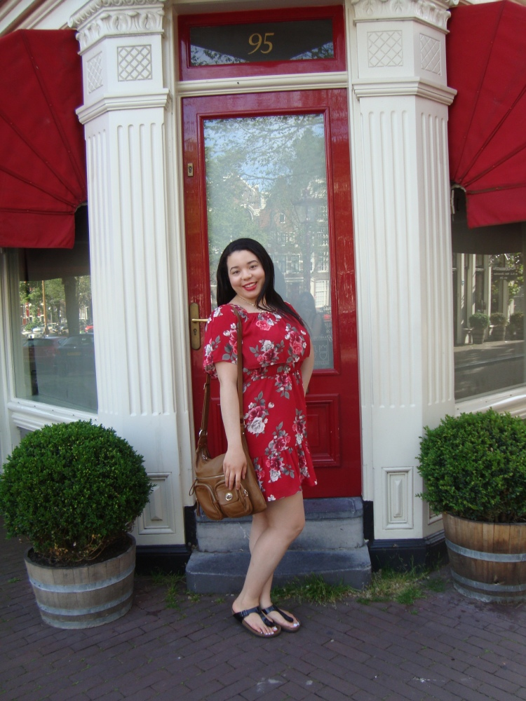 Style-with-Amanda-Red-Floral-Off-the-Shoulder-Dress-Dynamite-Black-Birkenstocks-Amsterdam-Vacation-42