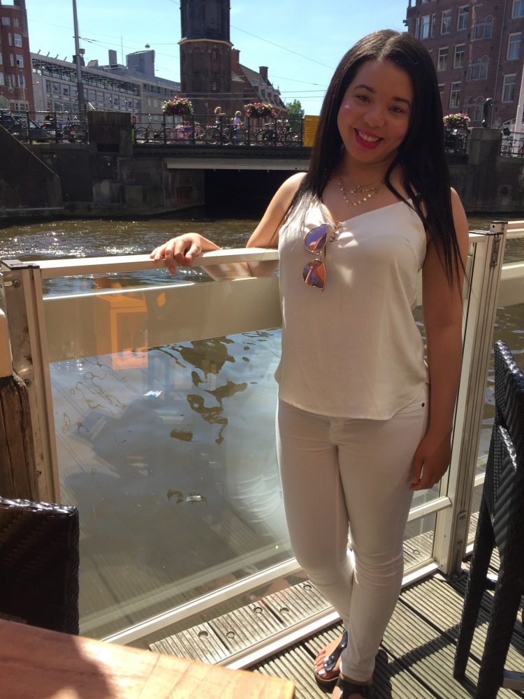 Style-with-Amanda-Amsterdam-Vacation-Hotel-De-L'Europe-Dynamite-Clothing-White-Tank-Zara-White-Jeans-2