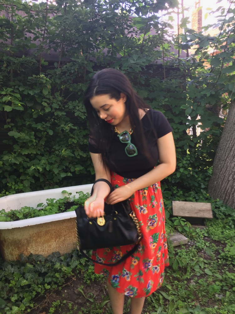 Style-with-Amanda-Black-HM-VNeck-TShirt-Red-Floral-Skirt-Old-Navy-Black-Michael-Kors-Bag-Armani-Sunglasses-12