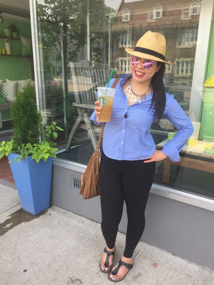 Style-with-Amanda-Straw-Fedora-Black-Leggings-Starbucks-Canada-21