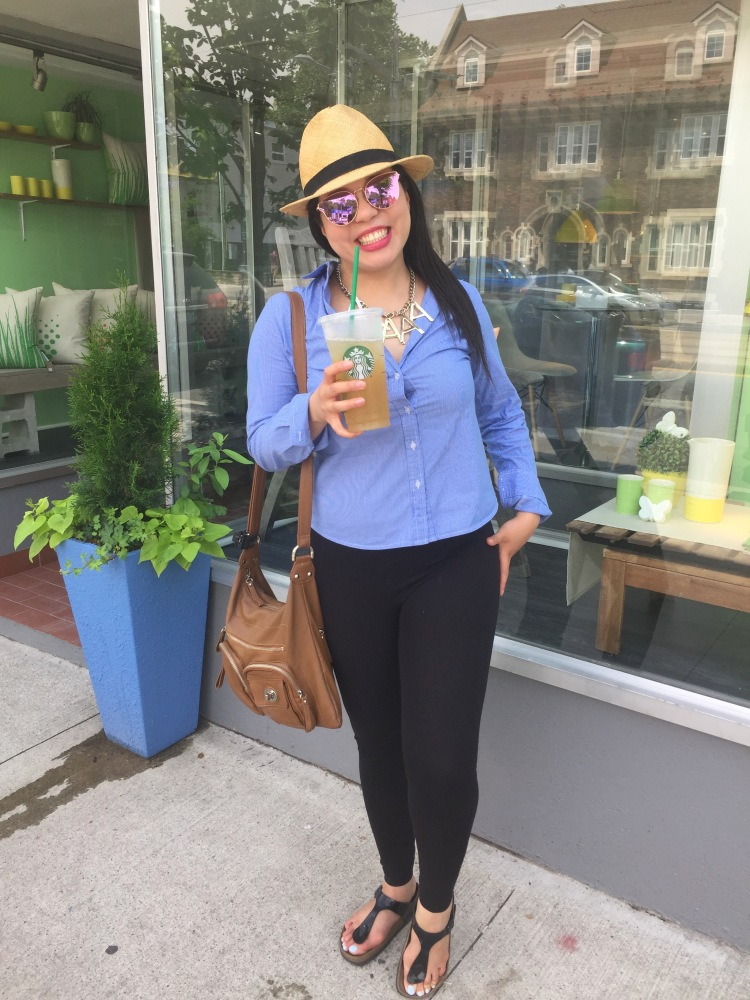 Style-with-Amanda-Straw-Fedora-Black-Leggings-Starbucks-Canada-22