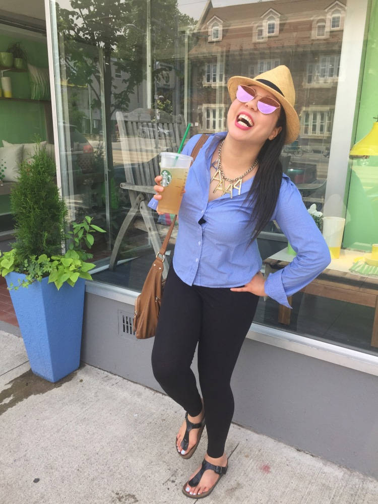 Style-with-Amanda-Straw-Fedora-Black-Leggings-Starbucks-Canada-27
