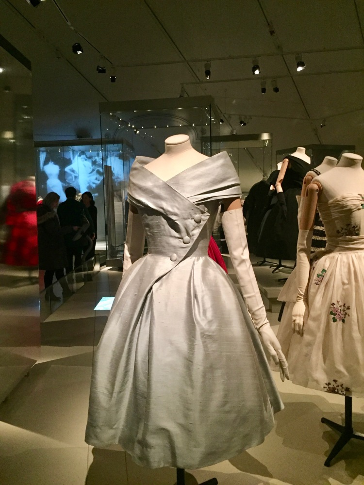 Christian-Dior-Exhibit-ROM-Style-with-Amanda-5