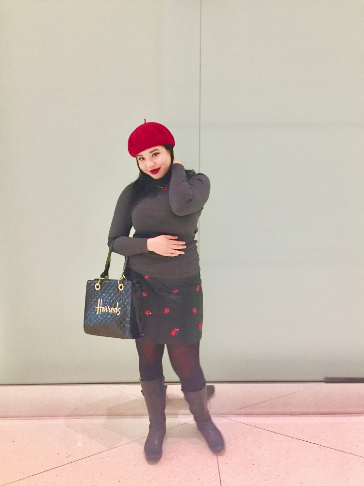 Style-with-Amanda-Grey-Turtleneck-Rose-Printed-Leather-Skirt-Club-Monaco-Quilted-Harrods-Purse-Red-Beret-Lip-Necklace-8