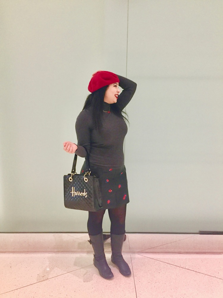 Style-with-Amanda-Grey-Turtleneck-Rose-Printed-Leather-Skirt-Club-Monaco-Quilted-Harrods-Purse-Red-Beret-Lip-Necklace-9
