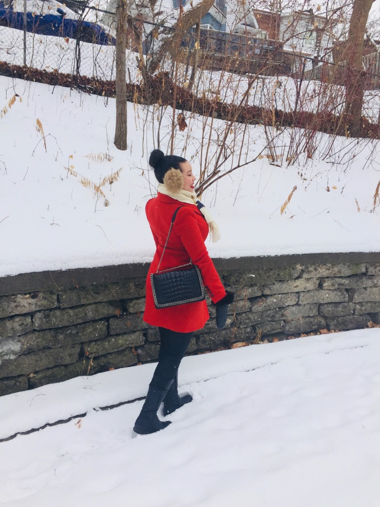Style-with-Amanda-Red-Zara-Coat-Hudsons-Bay-Scarf-Black-Chainlink-Zara-Bag-3
